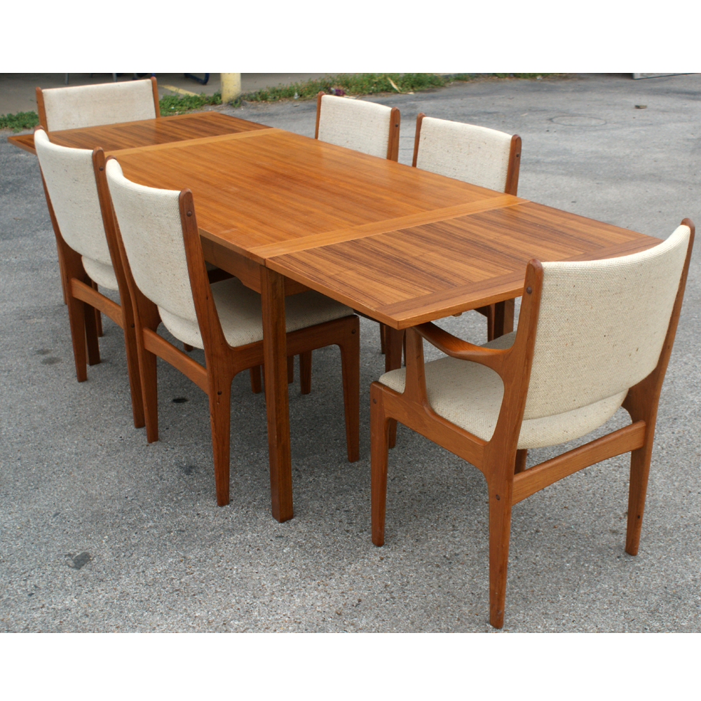 Danish Style Solid Teak Expandable Dining Set eBay : abg21teaktableandchairs01 from www.ebay.com size 1000 x 1000 jpeg 853kB