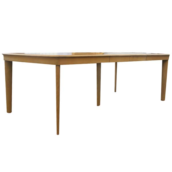 leg extension table m165g 1947 1952 this post war table shows a shift