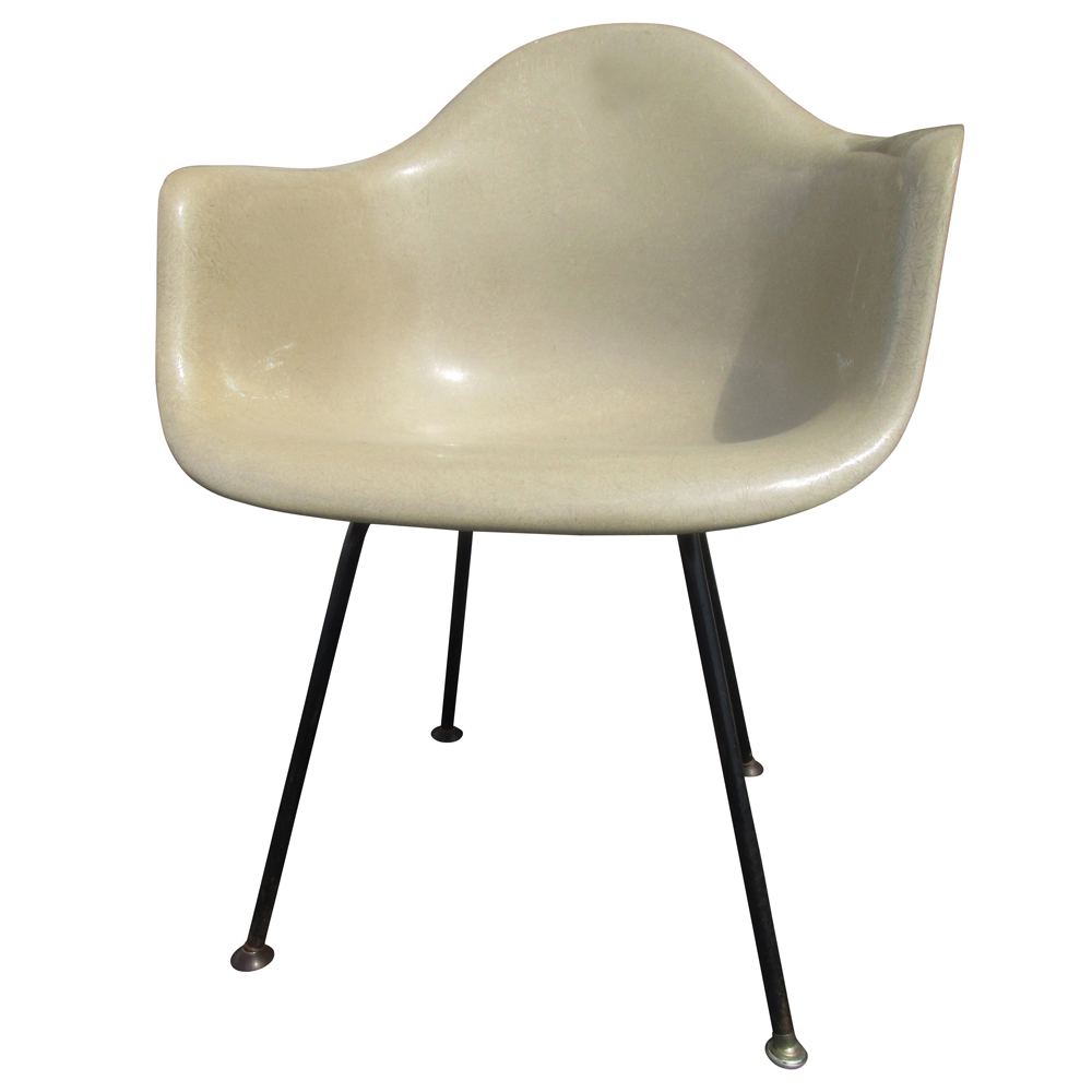 Vintage mid century modern fiberglass shell chair eames for herman miller sal - Eames chair herman miller ...
