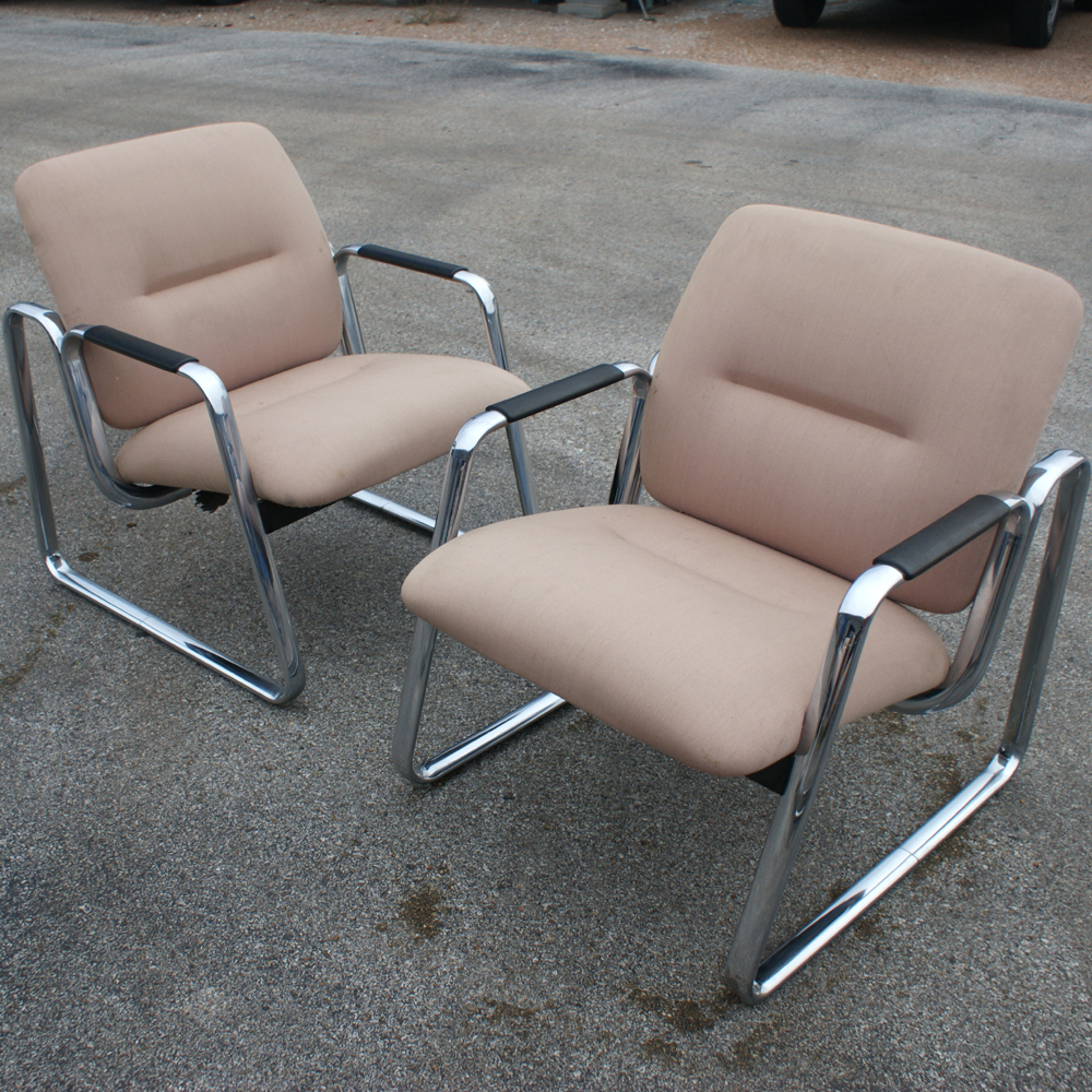 2 Mid Century Steelcase Lounge Chairs