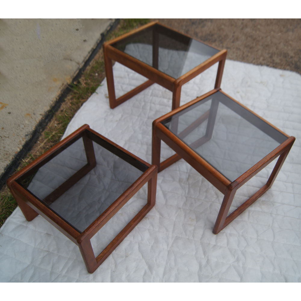 Set of three walnut and glass nesting tables for Glass top nesting tables