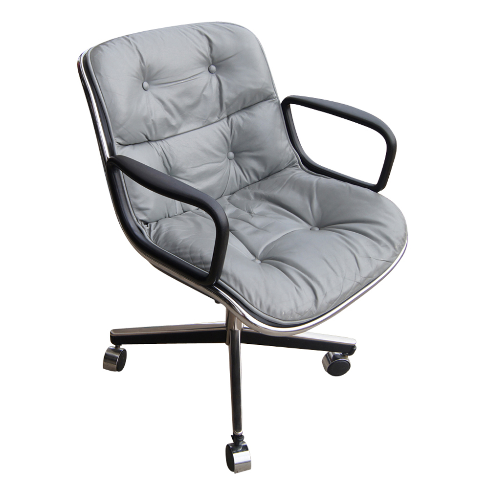 To his work for knoll he has designed chairs for thonet and castelli