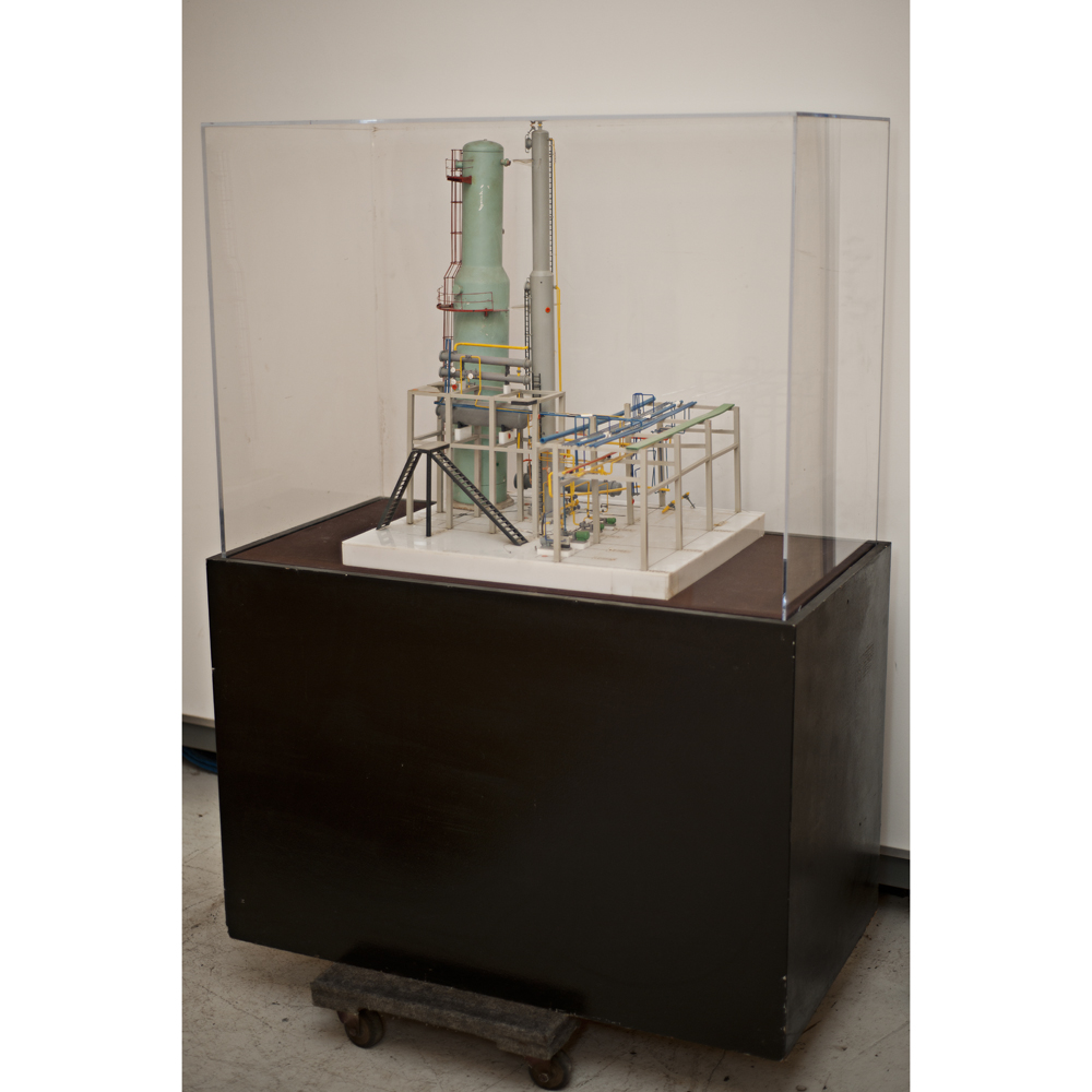 Refinery scale model crude unit with custom display cabinet - Custom display cabinets ...