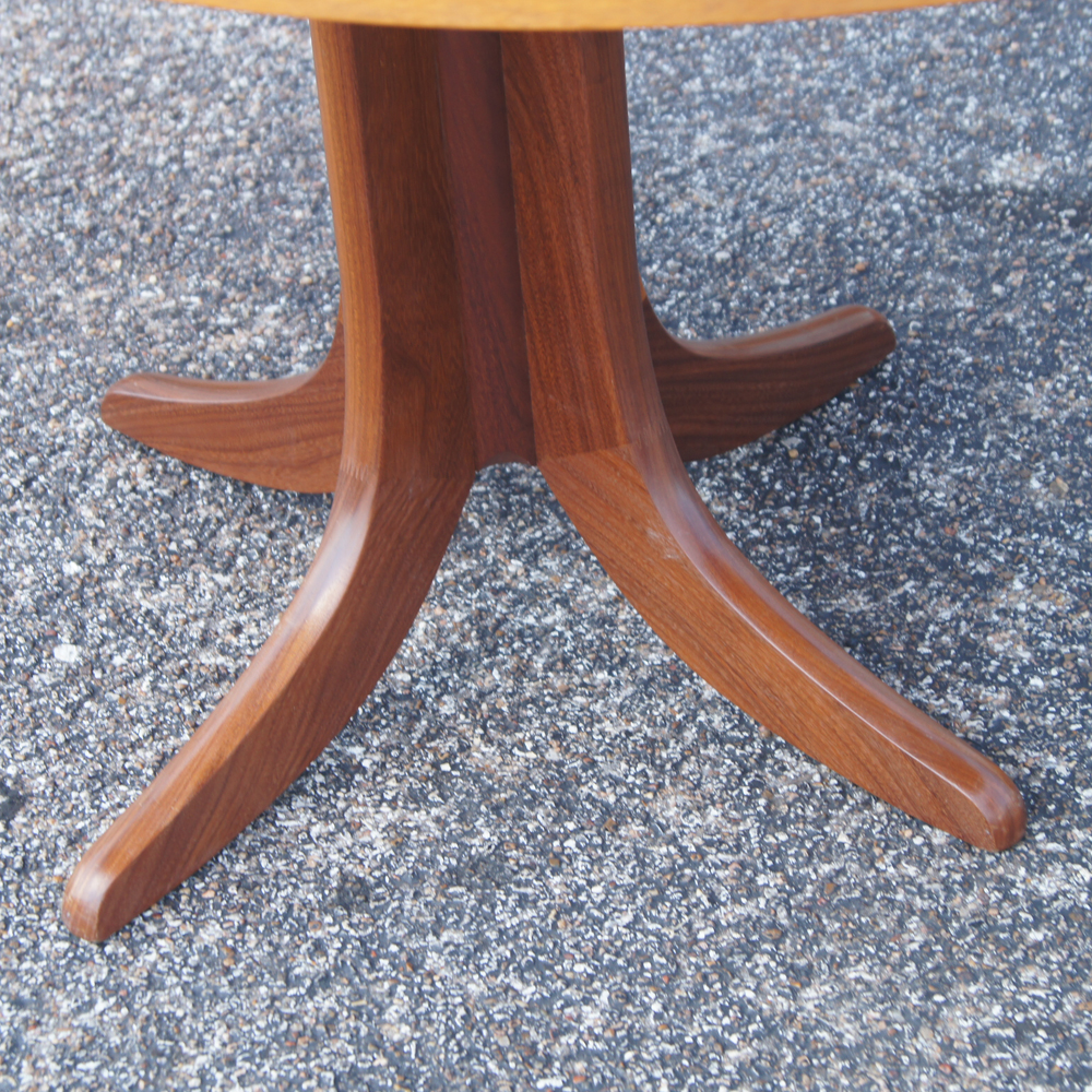 Modern Expandable Dining Table: Vintage Mid Century Modern Expandable Dining Table