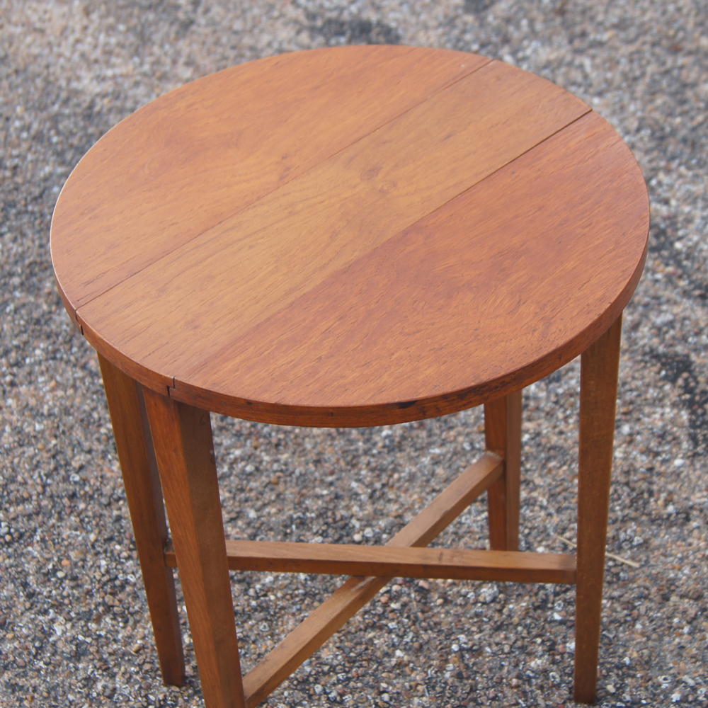 Vintage nesting tables set of wood nesting tables 1 outer - 5 Vintage Nesting Tables