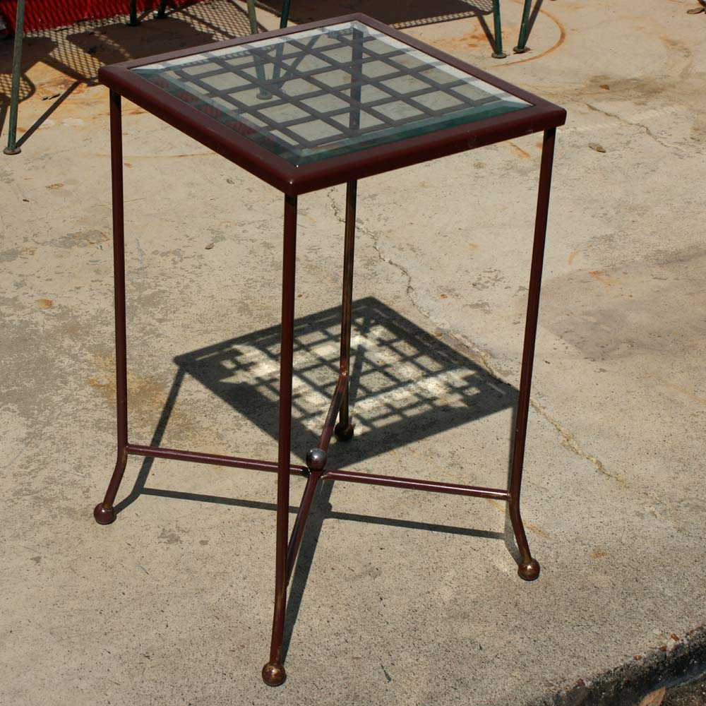 Plant stand on Shoppinder