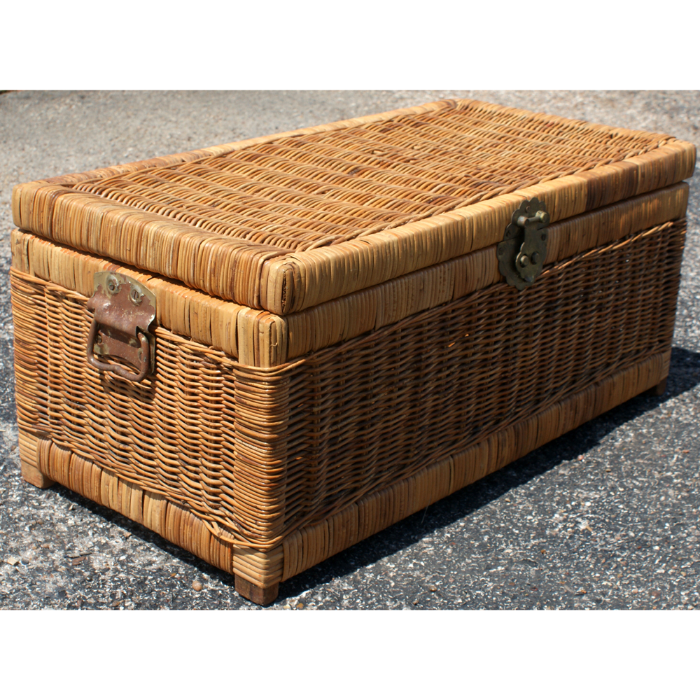 Auto Antique Wicker Trunks : Midcentury retro style modern architectural vintage
